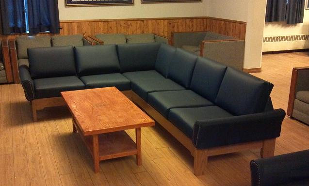 heavy duty traditional sectional sofa for fraternity use